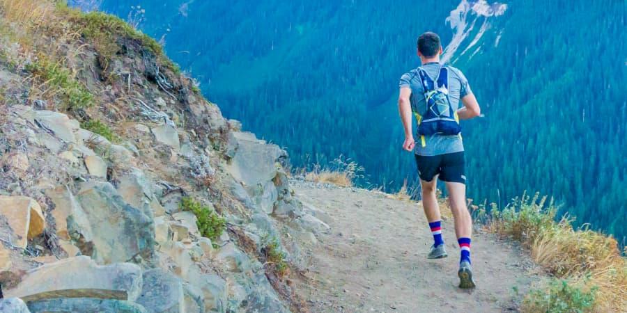 ocr trail trekking hombre montaña