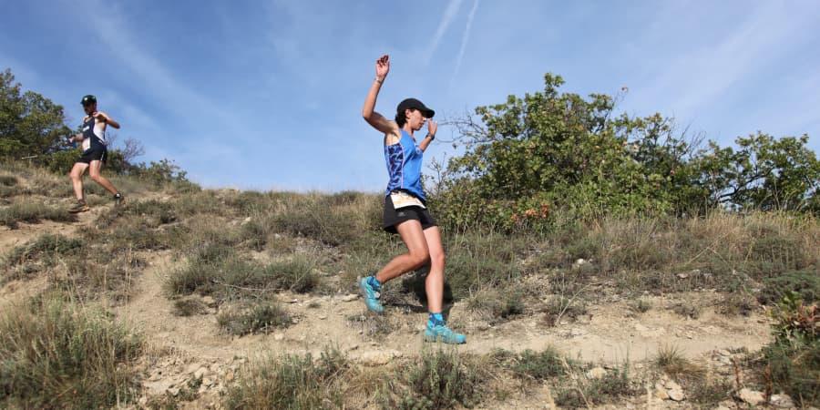ropa trail running carreras montaña senderos
